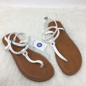 Universal Thread Latissa white ankle strap sandal